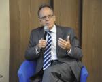 A encruzilhada da covid19: economia, emprego e renda no Brasil pandêmico