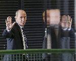 Até aqui chegou o meu amor: a tensão entre Bolsonaro e os generais
