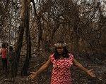 O fogo e os indígenas